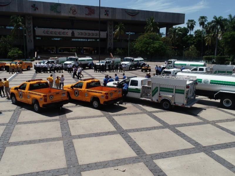 Compran vehículos de rescate para prestarlos a bomberos