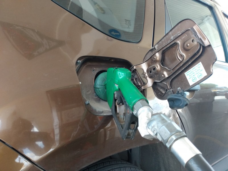 Compras de pánico duplicaron venta de gasolina