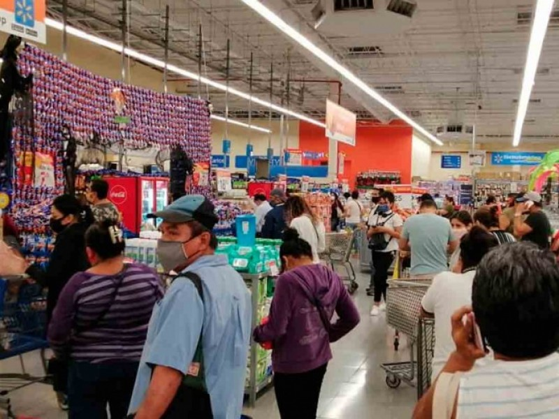 Compras de pánico en Cancún por Huracán Delta