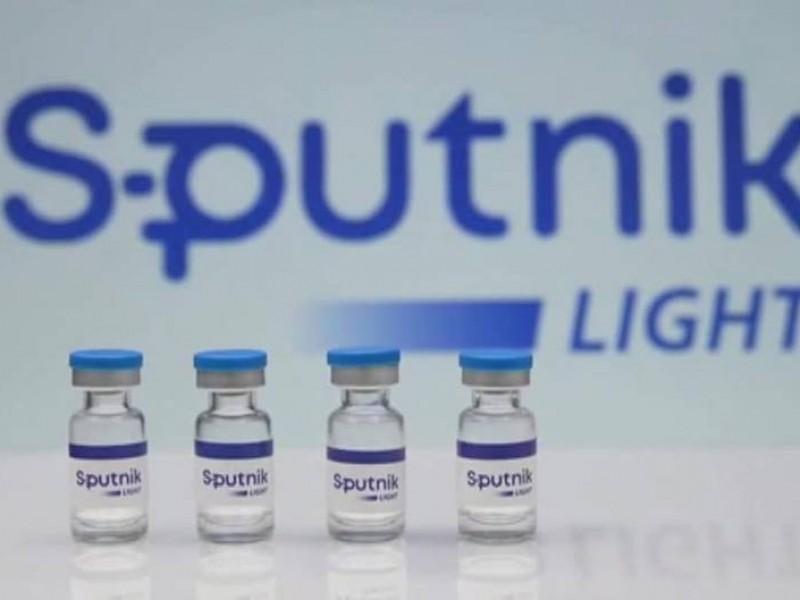 Comprueban buena efectividad de Sputnik Light combinada con otros fármacos