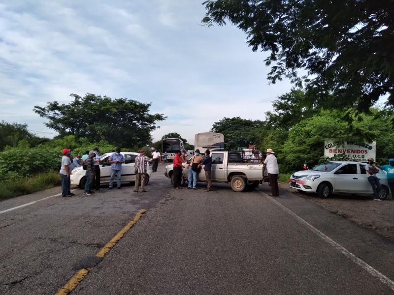 Comunidades afectadas por lluvias demandan apoyos, protestan con bloqueos carreteros