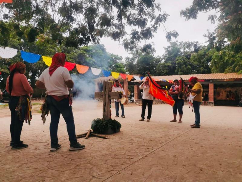 Comunidades indígenas piden por lluvias durante celebración de San Juan