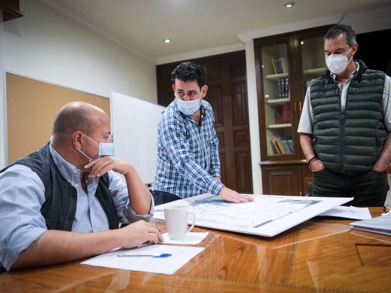 Con 'acuaférico', promete gobernador solucionar cortes de agua en ZMG