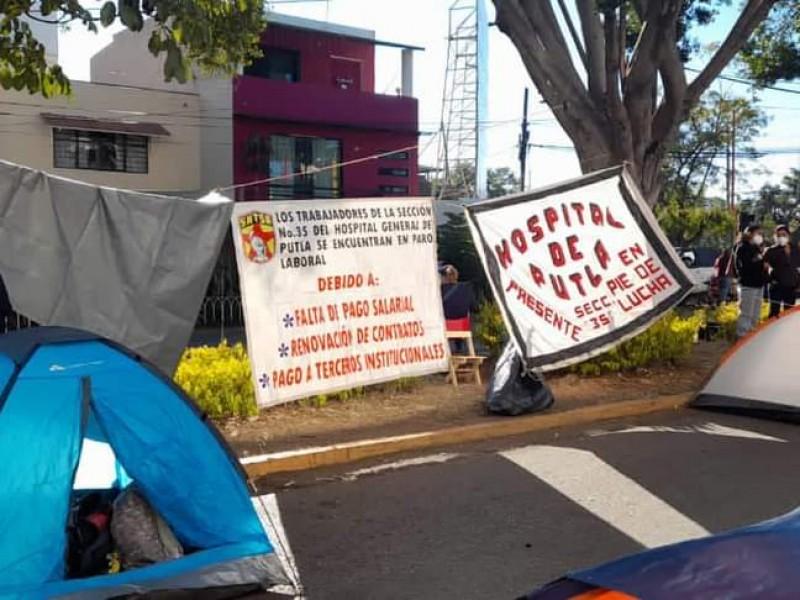 Con bloqueos, trabajadores de la salud desquician la capital