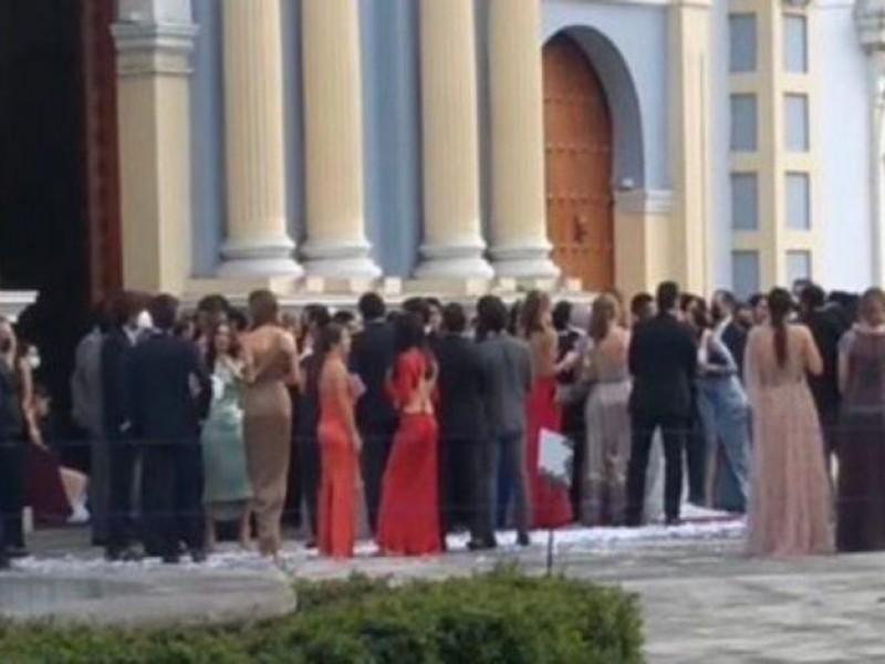 Con boda masiva se casó sobrina de ex diputada