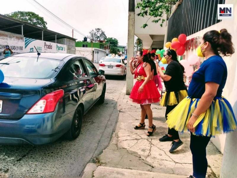 Con caravanas celebraron en Tuxpan el Día del Niño