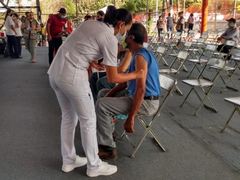 Con mejor organización aplican segunda dosis de Pfizer en Colima