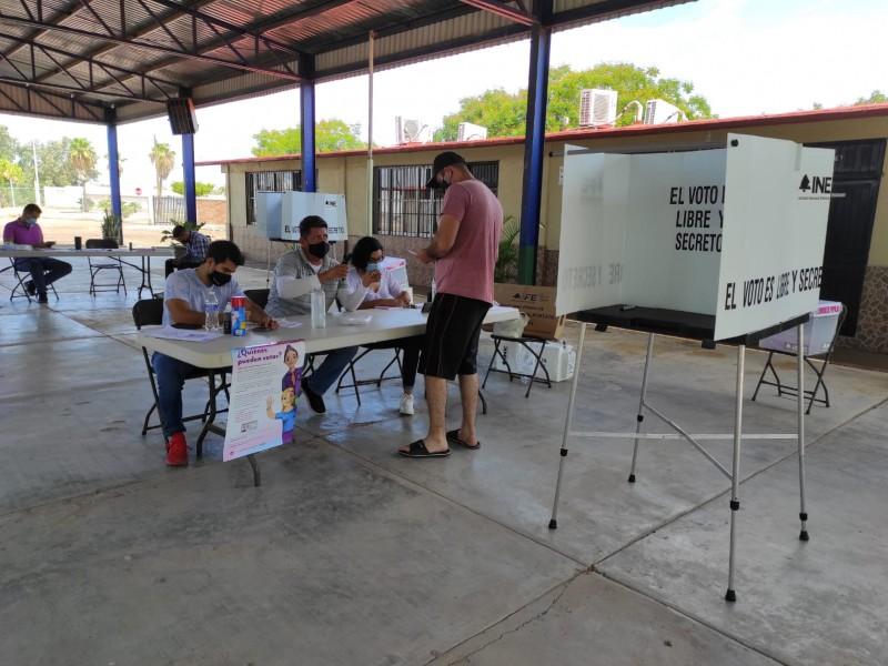 Con muy poca participación ciudadana inicia Consulta Popular en Ahome