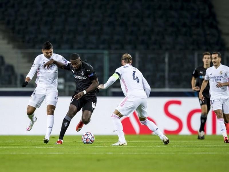 Con polémica, Real Madrid rescató empate en Alemania