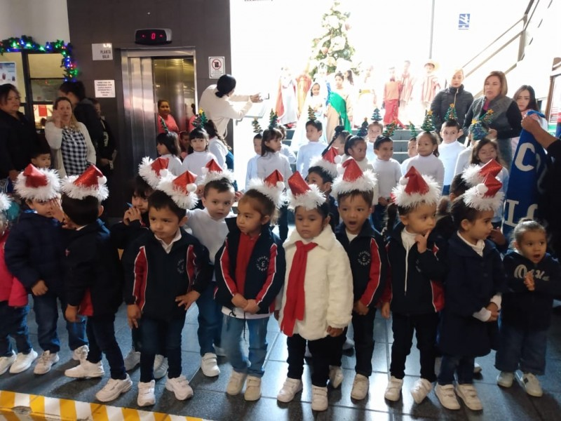 Con villancicos abre temporada navideña en Gómez Palacio