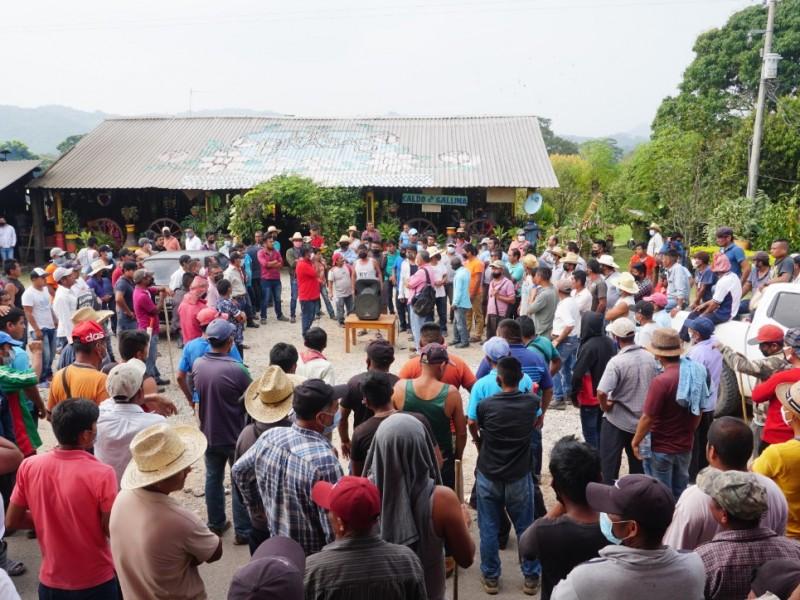Concluye bloqueo carretero en Boca del Monte