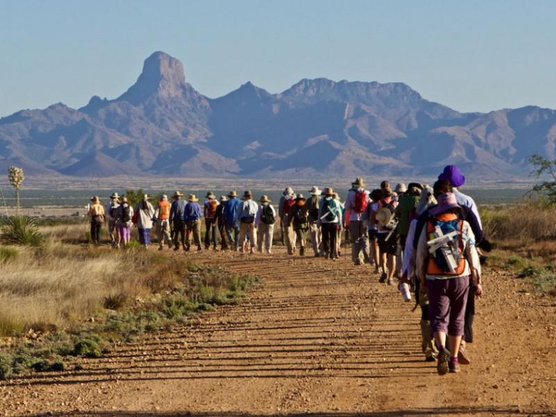 Concluye caminata para detener muerte de inmigrantes