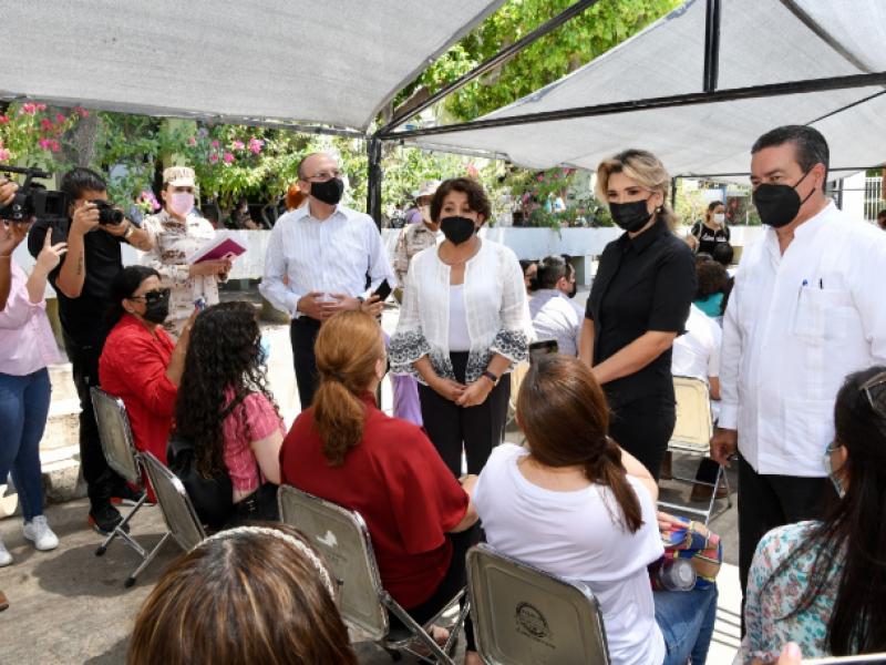 Concluye en Sonora vacunación para personal docente