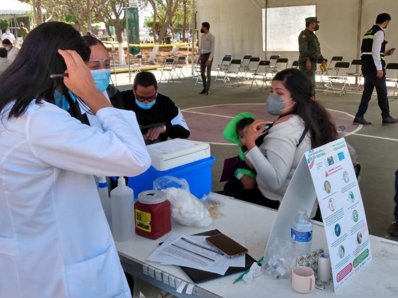 Concluye jornada de vacunación anti-COVID para los trabajadores de educación
