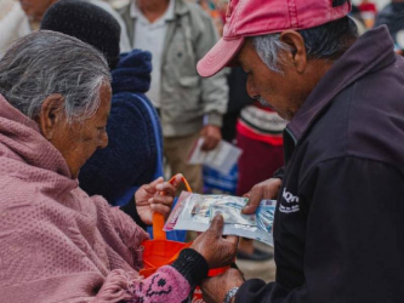 Se acrecentan protestas por falta de pago adultos mayores
