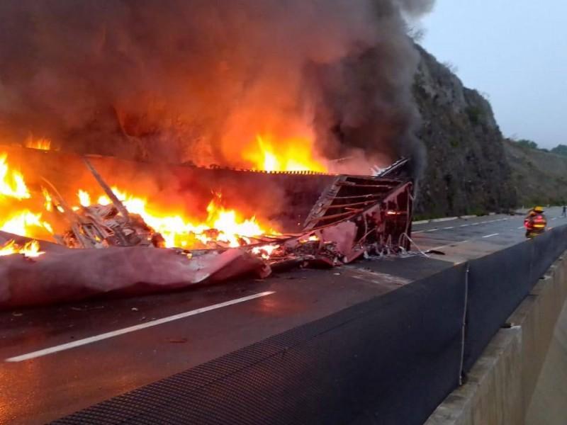 Confirman 4 muertos en accidente ocurrido en Macrolibramiento