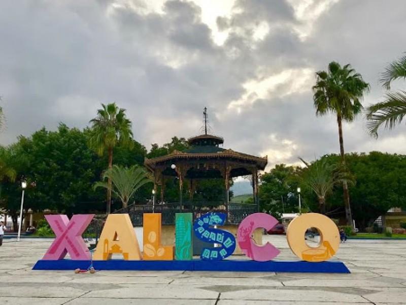 Cancelación momentánea de impuestos a negocios y comerciantes de Xalisco