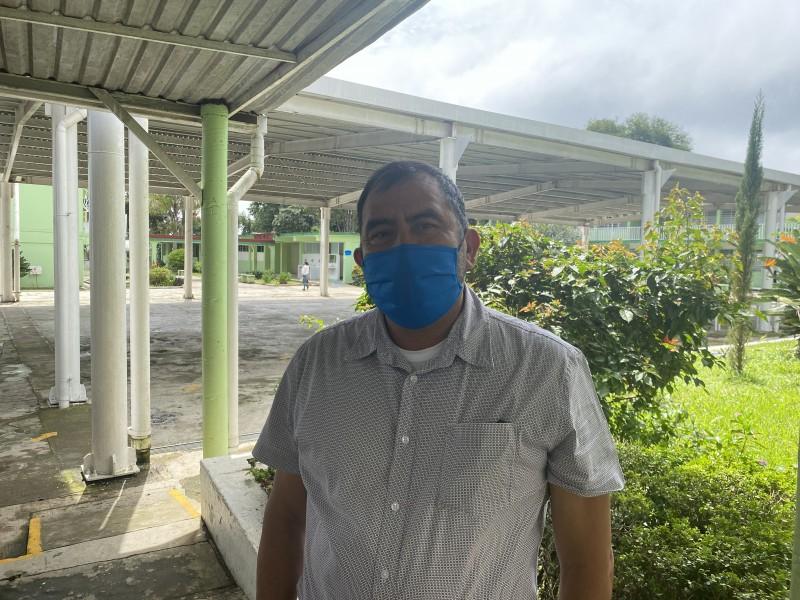 Confirman contagio de covid en alumno en escuela de Coatepec