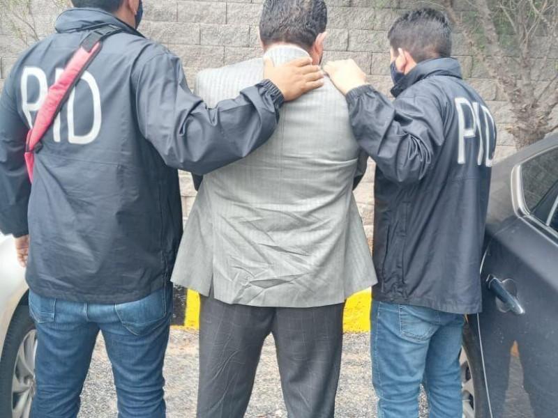 Confirman detención de regidor por presuntos actos de corrupción