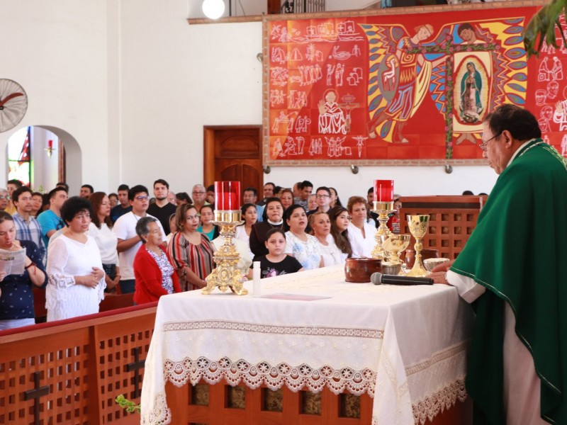 Congregaciones religiosas suspenden actividades