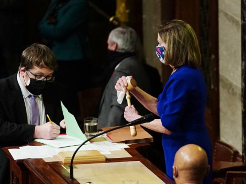 Congreso reanuda sesión tras asalto al Capitolio