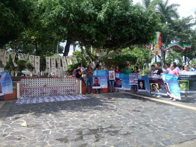 Conmemoran 4 años de 43 normalistas desaparecidos