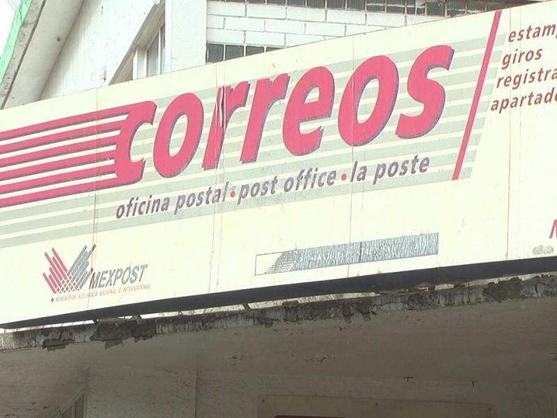 Conmemoran día del cartero en Correos de México