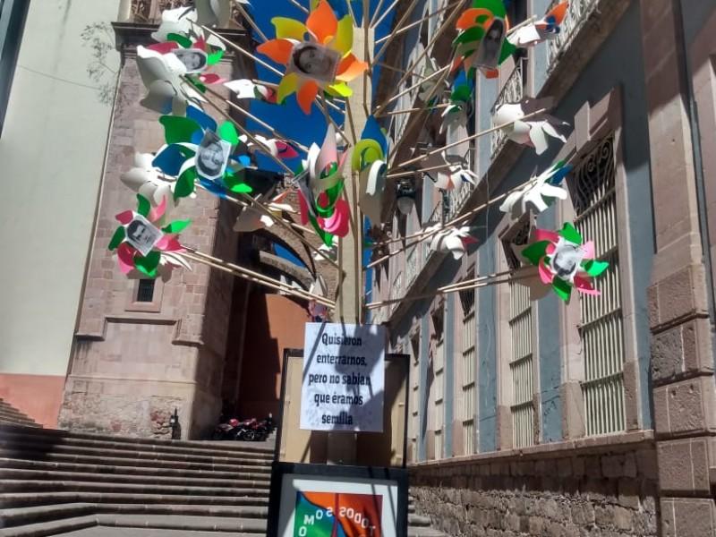 Conmemoran el 02 de octubre en Plazuela de la Caja