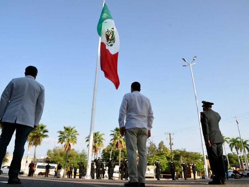 Conmemoran el 210 Aniversario del grito de Independencia de México