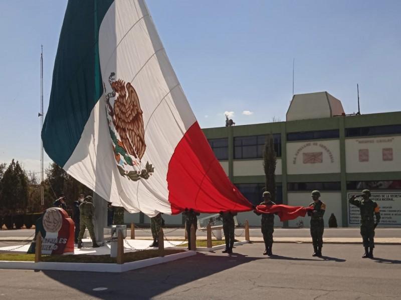 Conmemoran el Día de la Bandera en Zacatecas