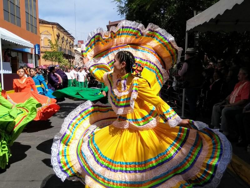 Conmemoran Revolución Mexicana con desfile deportivo-militarizado en Zamora