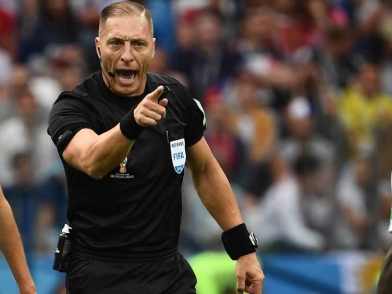 Conoce al árbitro de la final de Rusia