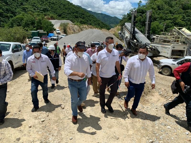 Construcción de túnel en autopista Oaxaca-Costa lleva un 95%
