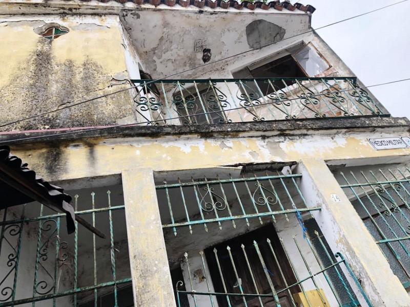 Construcciones antiguas en riesgo de colapsar