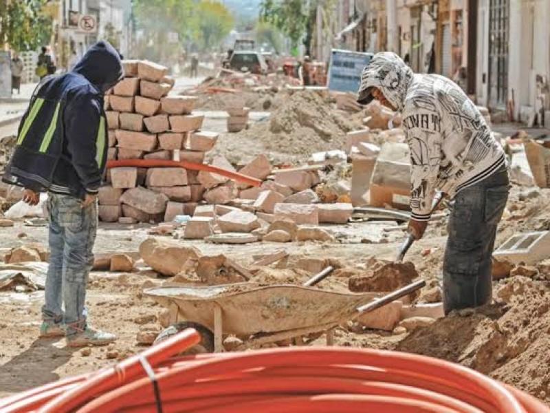 Constructores esperan resolución sobre outsourcing