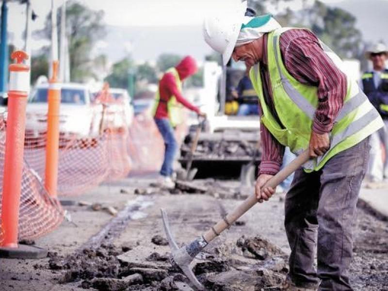 Constructores siguen en la banca, sin obra pública