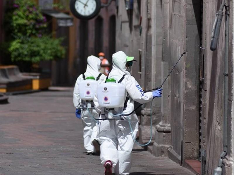 Contagiado de COVID-19 un brigadista sanitizador en la capital