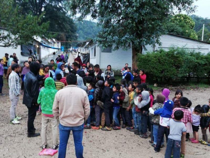 Continúa atención a familias desplazadas en Chiapas