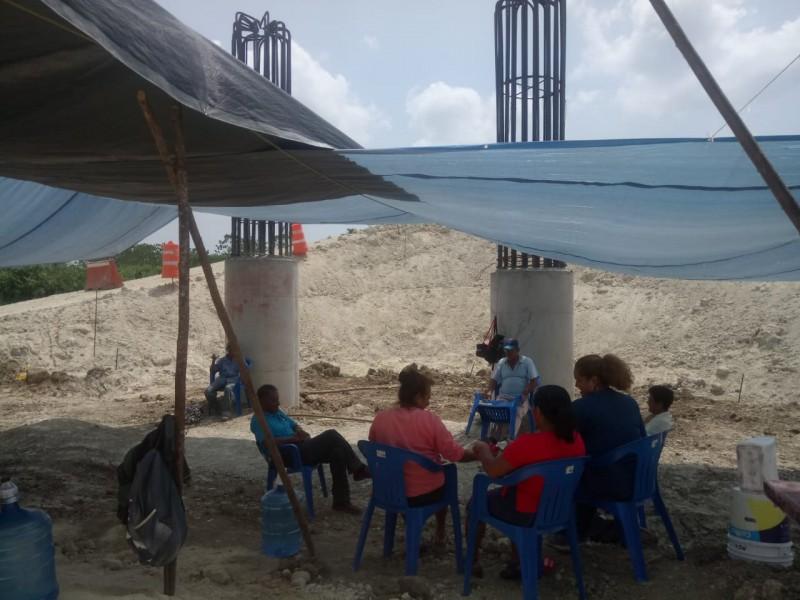 Continúa bloqueo en construcción autopista Tuxpan-Tampico