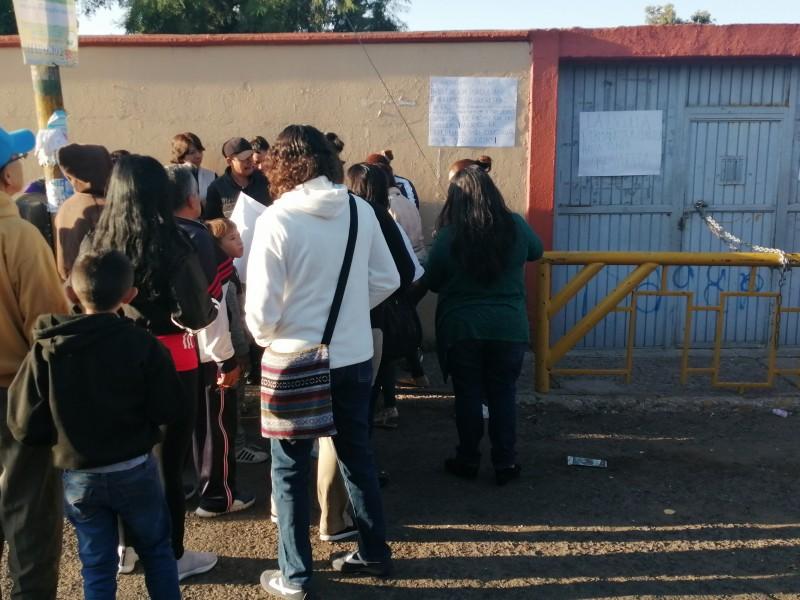 Continúa cerrada escuela Reforma CNOP por bullying