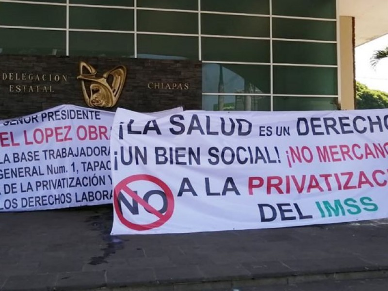 Continúa conflicto en el IMSS Tapachula ante privatización