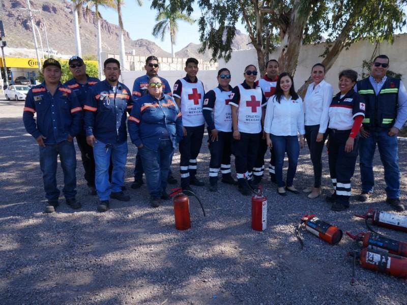 Continúa Cruz Roja con certificaciones