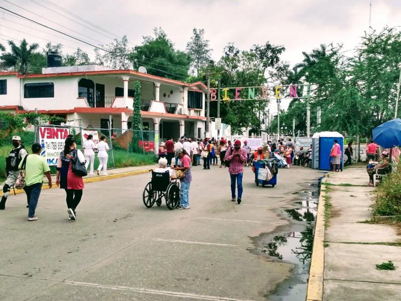 Continua en Tuxpan jornada de vacunación Covid19