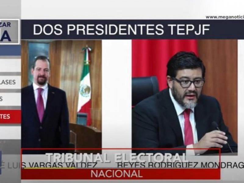 Continúa la incertidumbre en el TEPJF... hay 2 presidentes