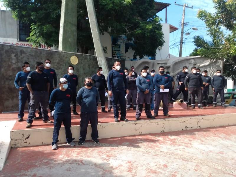 Continúa la protesta de trabajadores de los parques eólicos