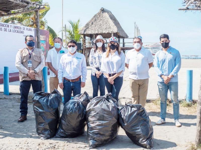 Continúa limpieza de playas en Chiapas