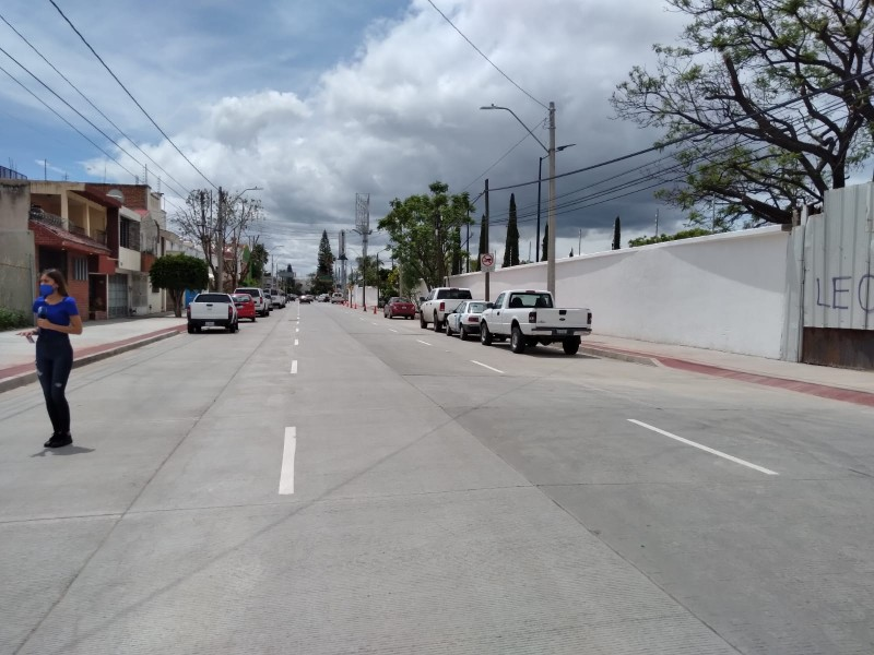 Continúa rehabilitación de calles y avenidas principales