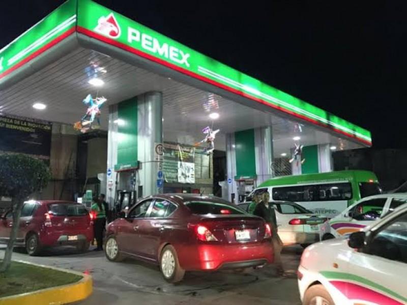 Continúa vigilancia policiaca en gasolinerías de CDMX