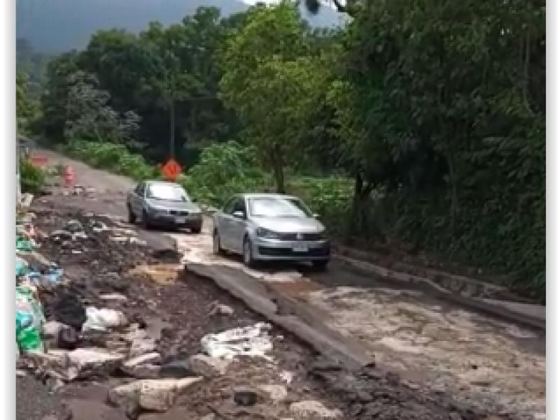 Continúan afectaciones en carretera a San Martín: Jilotepec