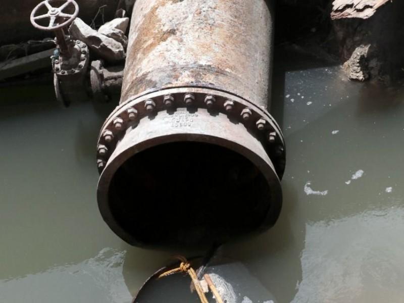 Continúan decenas de colonias sin agua potable en Tuxtla